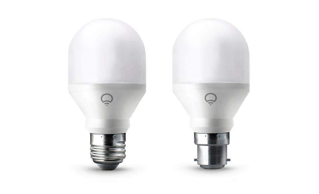 ampoule connect e lifx mini gadget ou r elle utilit. Black Bedroom Furniture Sets. Home Design Ideas