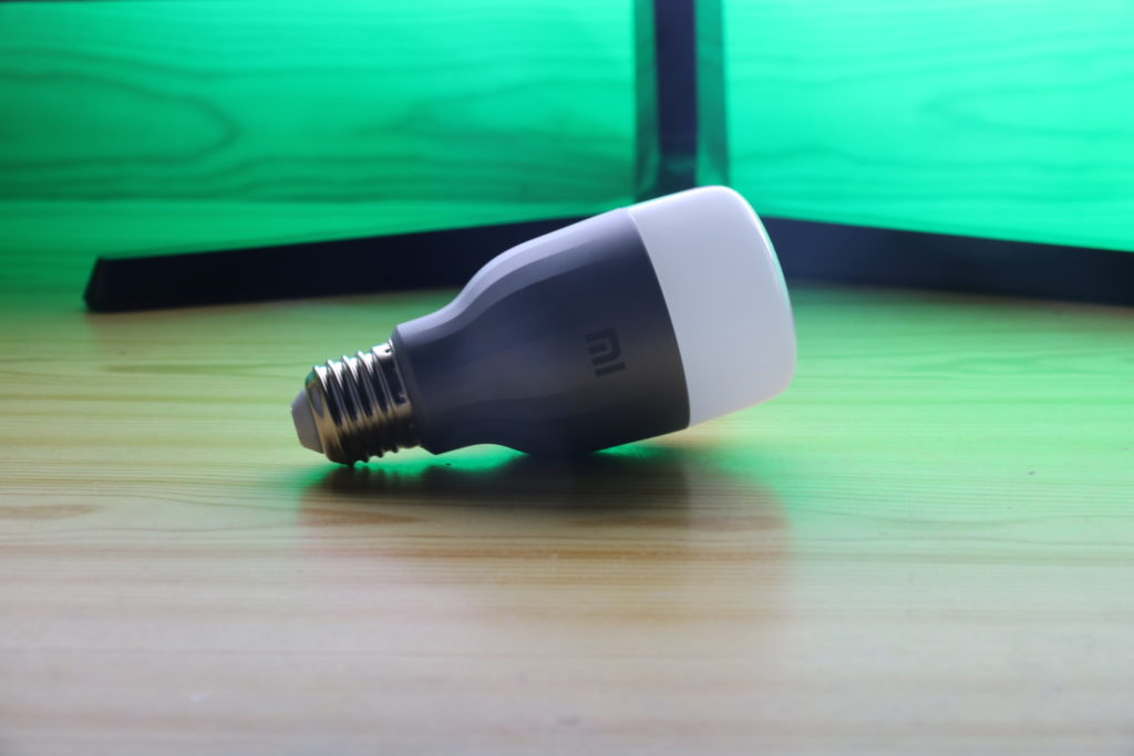 Test de la Mi LED Smart Bulb Color, l'ampoule connectée 1